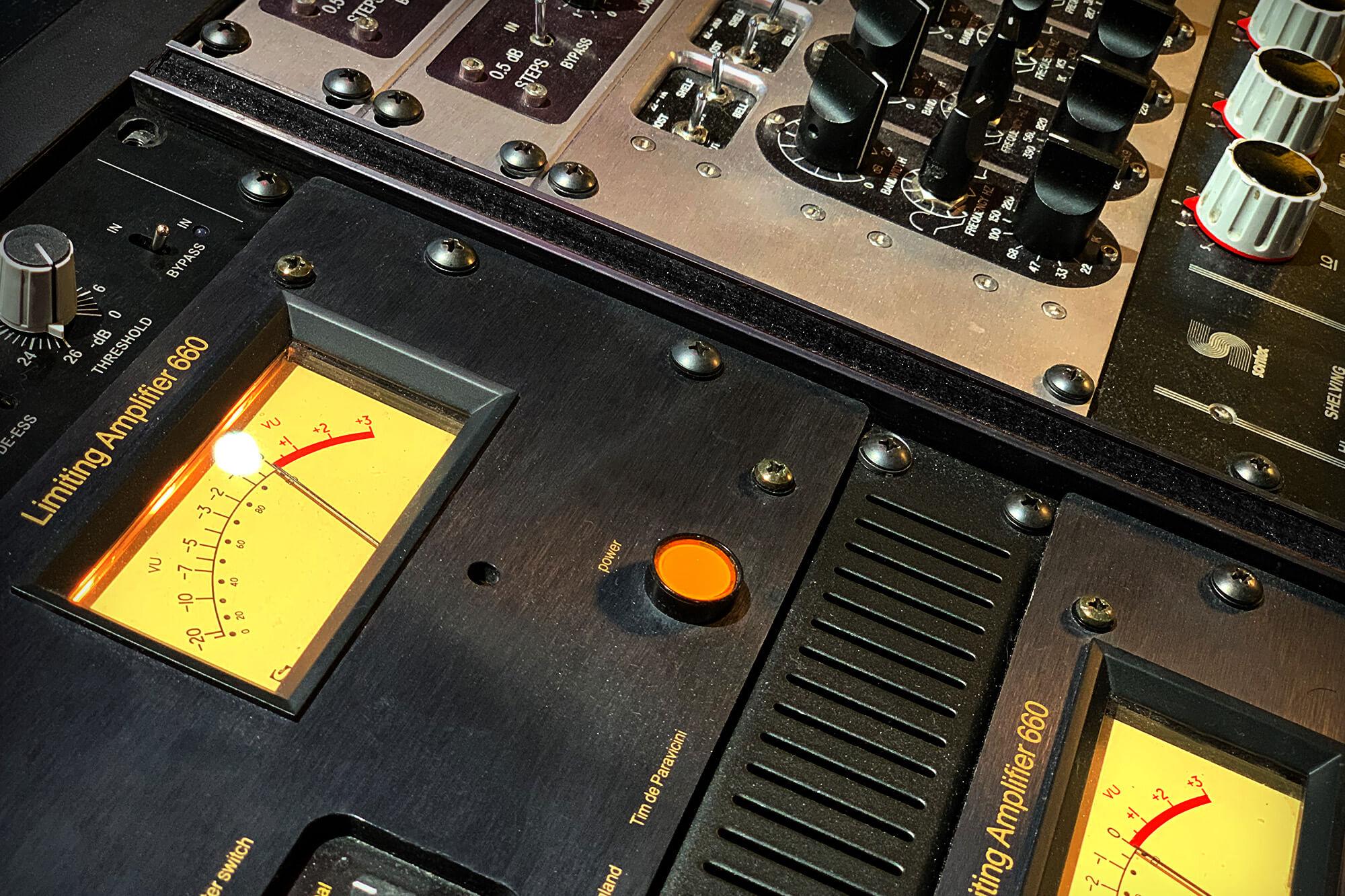 Altavoces Est/éreo Reproducci/ón USB Reproductor de LP Grabaci/ón // Bluetooth 33 y 45 RPM Marr/ón Claro Reproductor de CD Shuman MC-265DBT Centro de M/úsica de 7 en 1 Radio Dab + Radio FM